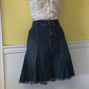 Contrast reitmans jean skirt